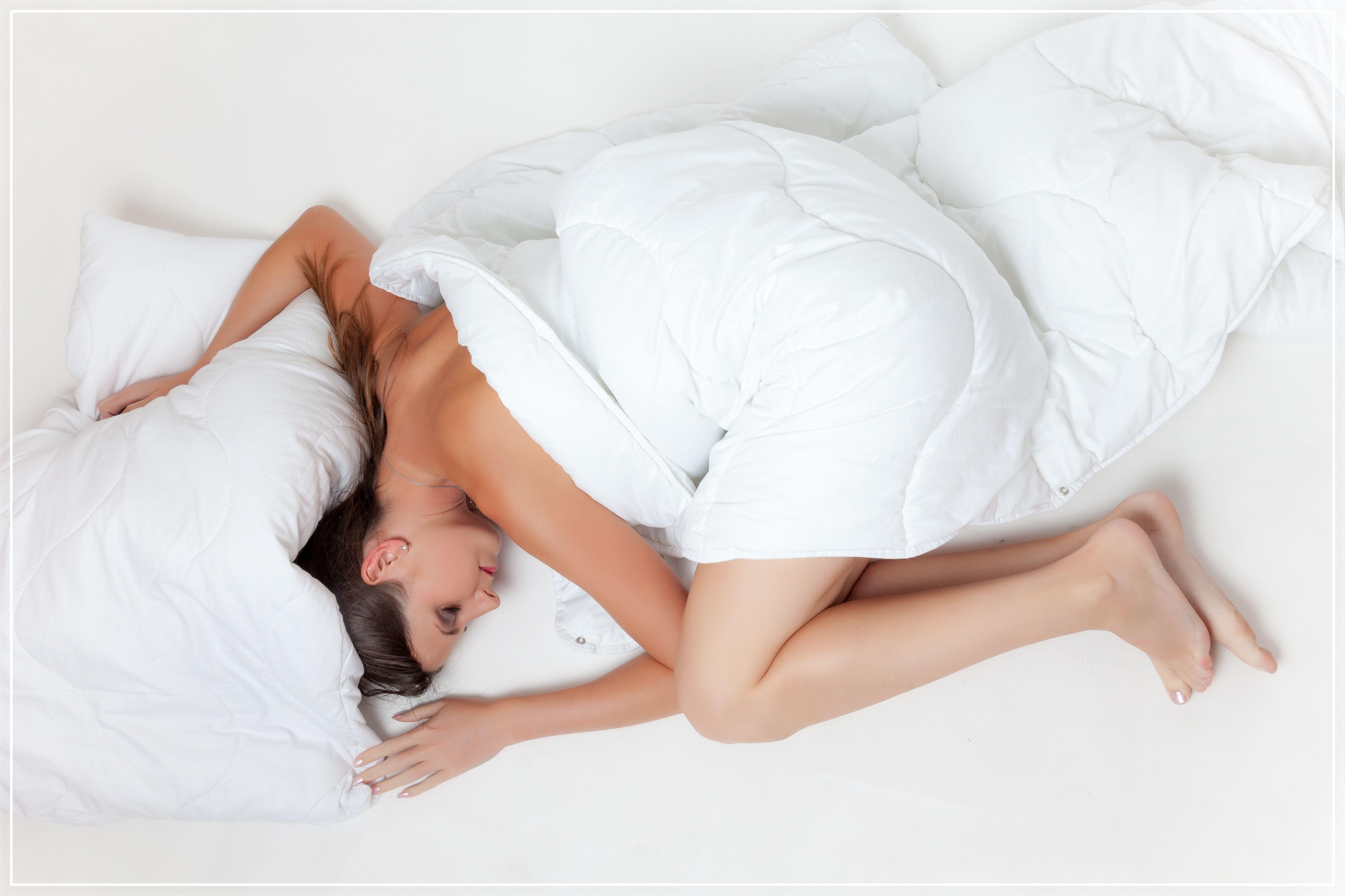 bed-sleep-rest-girl