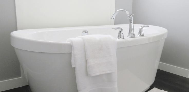 Oczyszczająca kąpiel z jeżynowych liści